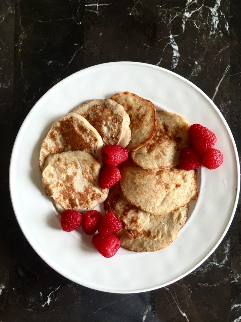 Paleo Cinnamon Banana Pancakes